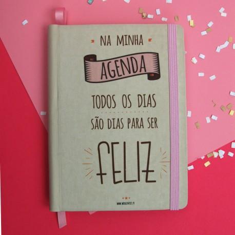 """Agenda rosa  A6 """"Na minha agenda todos os dias são para ser feliz"""""""