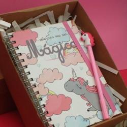 Kit de agenda e caneta unicornio.