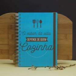 """Livro A5 Receitas """"O Sabor da vida depende de quem cozinha"""""""